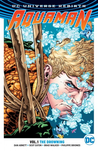 AQUAMAN VOLUME 1 THE DROWNING GRAPHIC NOVEL