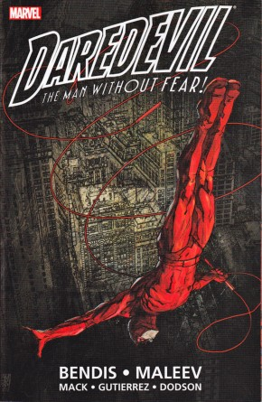 DAREDEVIL BY BENDIS AND MALEEV ULTIMATE COLLECTION BOOK 1 GRAPHIC NOVEL