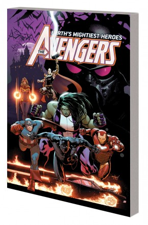 AVENGERS BY JASON AARON VOLUME 3 WAR OF THE VAMPIRE GRAPHIC NOVEL
