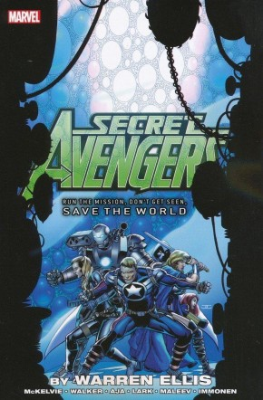 SECRET AVENGERS RUN THE MISSION DONT GET SEEN SAVE THE WORLD GRAPHIC NOVEL