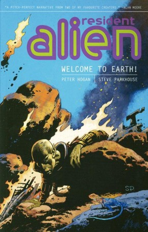 RESIDENT ALIEN VOLUME 1 WELCOME TO THE EARTH GRAPHIC NOVEL