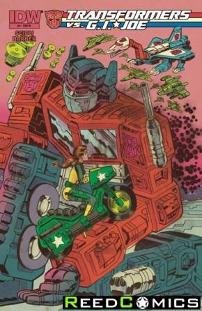 Transformers vs GI Joe #4 (1 in 10 Incentive Cover Variant)
