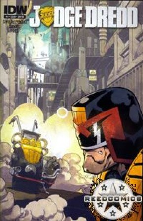 Judge Dredd Volume 4 #3 (Cover B)