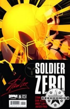 Stan Lees Soldier Zero #5 (Cover B)