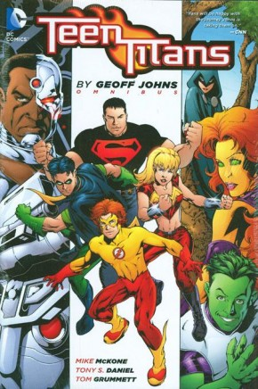 TEEN TITANS OMNIBUS BY GEOFF JOHNS HARDCOVER
