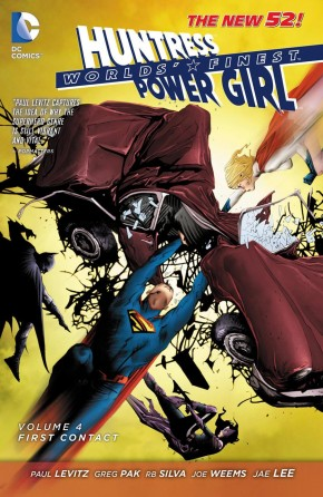 WORLDS FINEST VOLUME 4 FIRST CONTACT GRAPHIC NOVEL